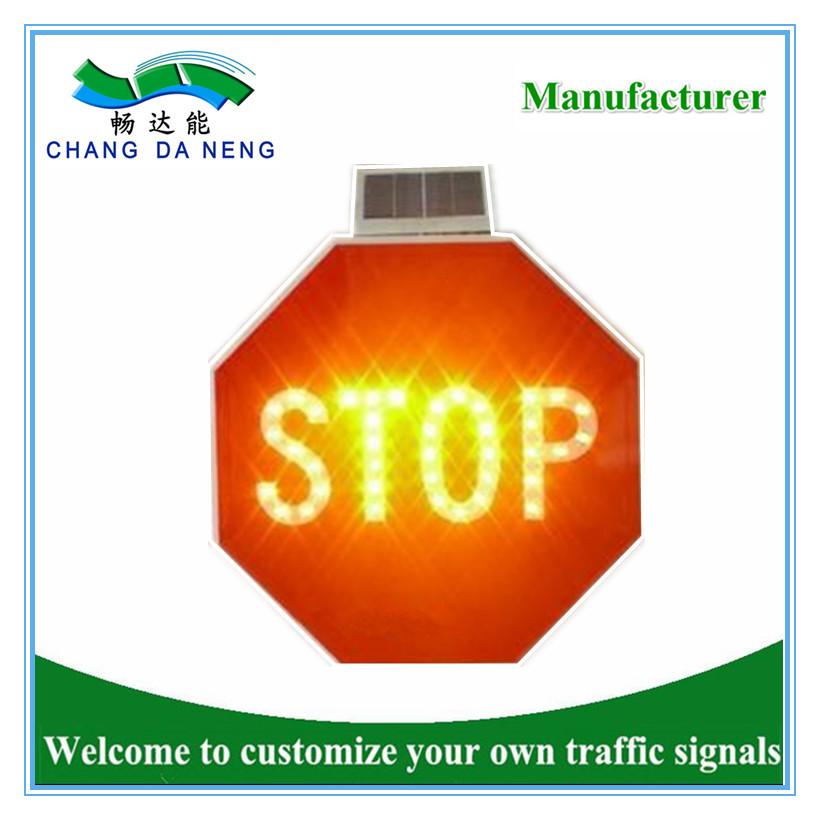 Solar powered led flashing traffic road signal