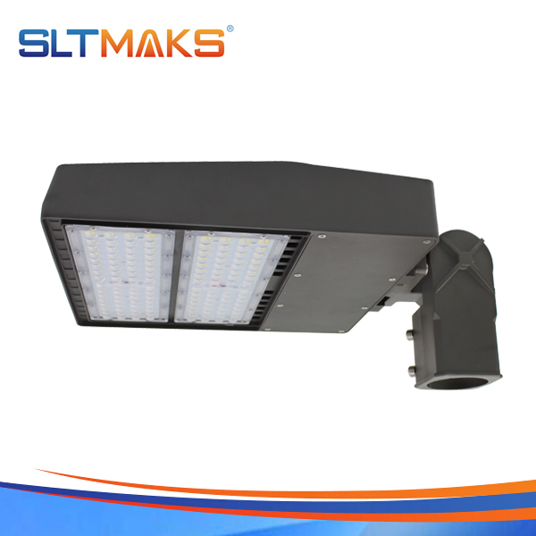 SLTMAKS 150W LED Shoebox light led parking lot light led street light