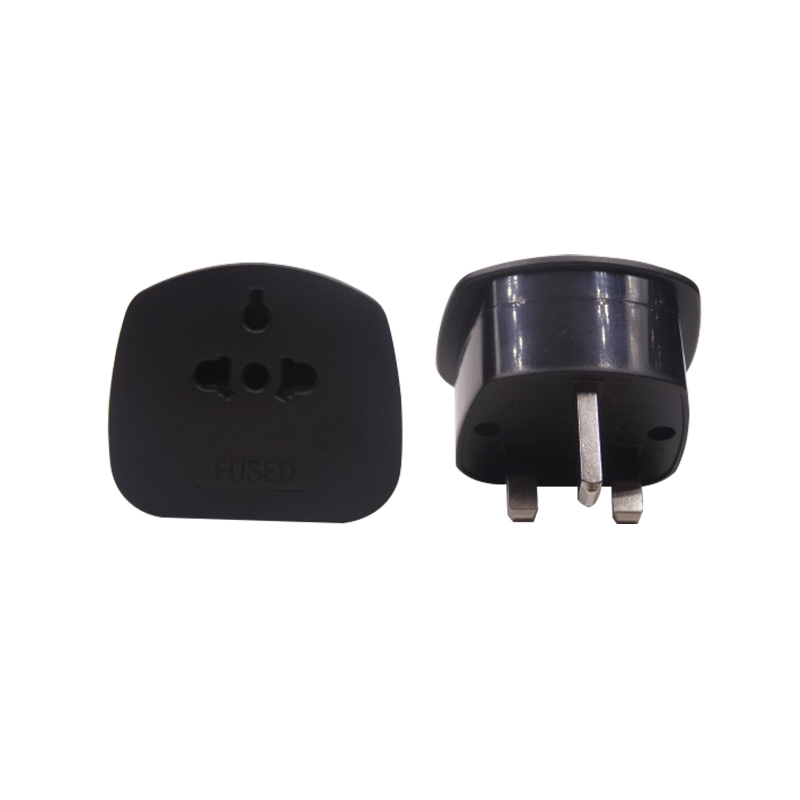 2018 New Product Guangzhou Factory High Quality UK Travel adapter