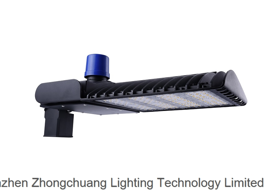 140lm w LED Street Light with Photo Cell