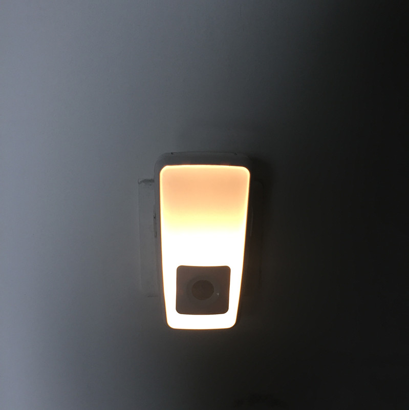 Led wireless charge nightlight flashlight for room